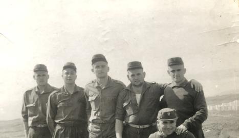 Els 10 lleidatans que van fer la mili al campament d'Hoya Fría, el 1969.