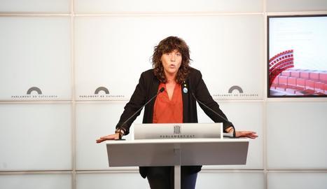 La consellera Teresa Jordà, en roda de premsa després de la reunió de la Taula Agrària.