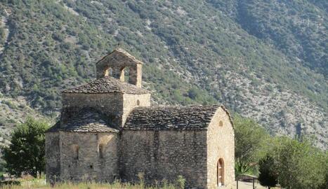 L'ermita romànica de Sant Serni de Cabó.