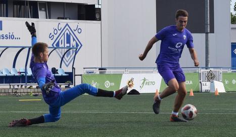 El Lleida Esportiu va començar a preparar el partit de diumenge a les instal·lacions de l'AEM.