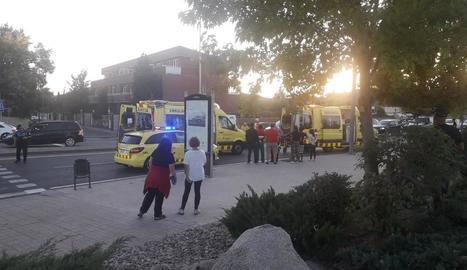 Imatge de les ambulàncies en l'atropellament de Rovira Roure.