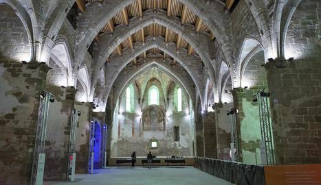 Vista general i actual de l'interior de l'equipament cultural de Sant Domènec.