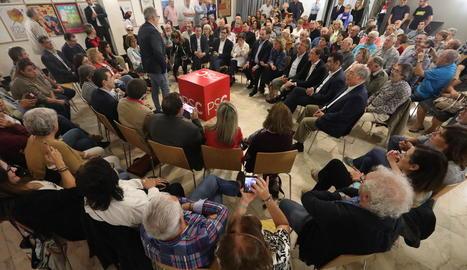 Imatge de l'acte de precampanya en què van participar Ábalos i altres càrrecs del PSOE.