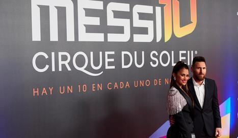 Messi i Antonella, a l'estrena de l'espectacle sobre la seua vida.