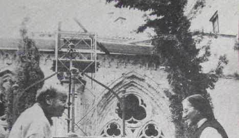 la seu d'urgell. La Sagrada Família de l'artista no es va col·locar fins a l'any 1995 perquè es considerava massa moderna.