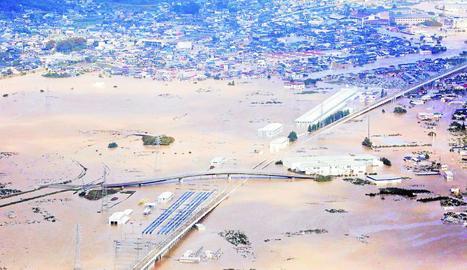 El tifó Hagibis ha causat importants inundacions en diversos punts del Japó aquest cap de setmana.