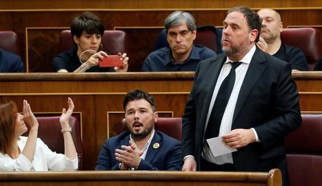 Gabriel Rufián, actual cap de llista d'ERC al Congrés, al costat d'Oriol Junqueras.