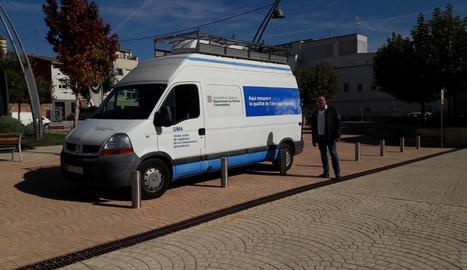 La nova estació de mesurament mòbil a la plaça Catalunya.
