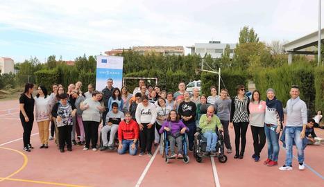 Tot l'equip del Grup Alba que va participar ahir en el projecte europeu Unidans.