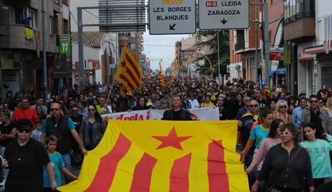 Les mobilitzacions a Mollerussa van tallar l'N-II amb més d'un miler de veïns de la capital del Pla d'Urgell.