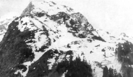 organització. Foto de grup de la 1a companyia del 1r batalló de la UME en territori francès.