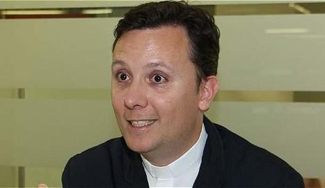 David Pajuelo, un capellà diferent.