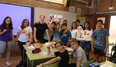 Felix amb alumnes de primer d'ESO.