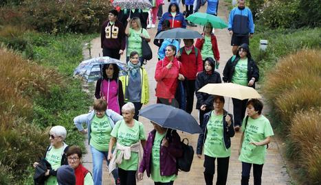 Caminada a Lleida contra el càncer de mama