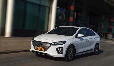 L'anunci es produeix després de l'acord assolit amb la nord-americana Aptiv, amb qui invertiran 3.670 milions d'euros en una nova joint venture per a la conducció autònoma.