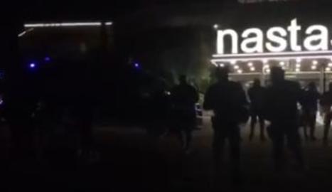 Una protestaUna protesta contra un acte de Vox talla l'N-240 a Lleida contra un acte de Vox talla l'N-240 a Lleida