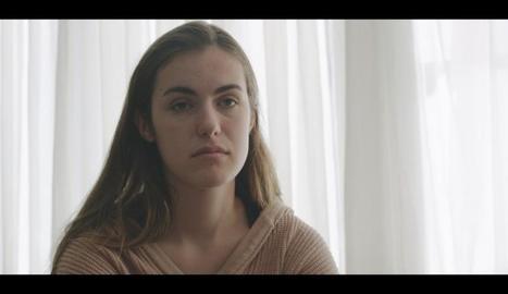 Fotograma amb una de les protagonistes del film 'Ara', rodat amb pacients reals d'anorèxia.