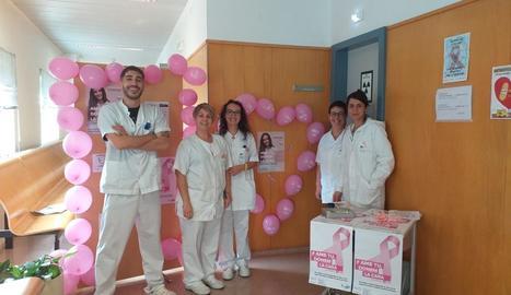 L'equip de Radiodiagnòstic de l'Hospital del Pallars, durant el Dia contra el Càncer de Mama.
