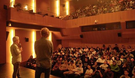 Presentació de la pel·lícula 'Ara' a càrrec del director, Pere Solés, ahir al CaixaForum Lleida.