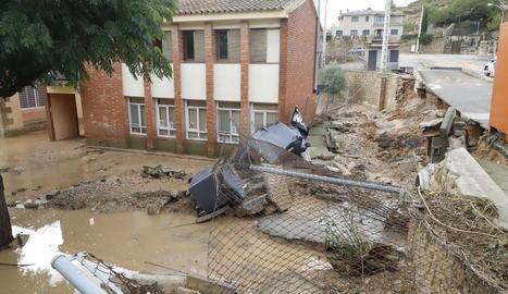 El patio del colegio de Vinaixa y la escuela 'bressol', devastados