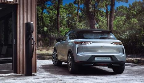 Amb motor de 100 kW i bateria de 50 kWh, té una autonomia de 320 km WLTP i es recarrega al 80% en 30 minuts.