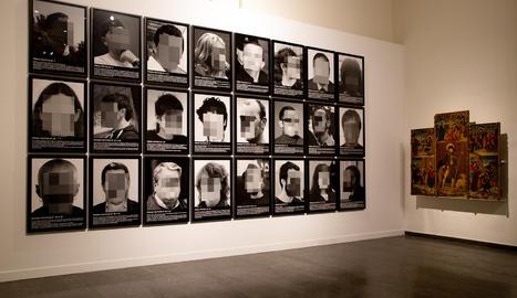 L'obra 'Presos polítics', en una de les sales de l'exposició permanent del Museu de Lleida.