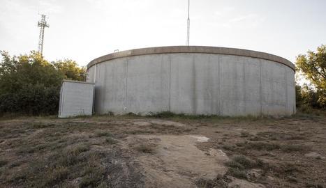Dipòsit d'aigua de Biosca.