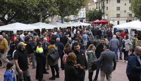 Milers de visitants en la divuitena edició de la fira del codony a Tremp.