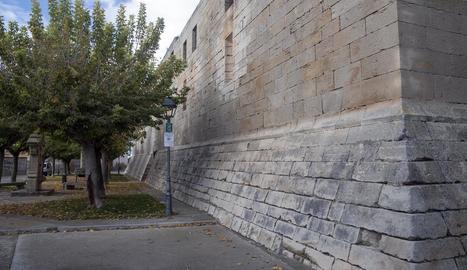 Imatge de la fortalesa de la qual es millorarà la façana sud.