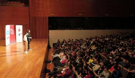 Conscienciació per la prevenció d'accidents de trànsit per prop de mil cinc-cents adolescents de Lleida