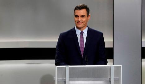 El candidato del PSOE, Pedro Sánchez, momentos antes del inicio del único debate electoral en el que participaron todos los candidatos a la presidencia del Gobierno