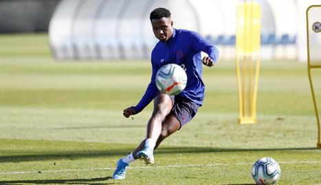Ansu Fati durant l'entrenament d'ahir a la Ciutat Esportiva.