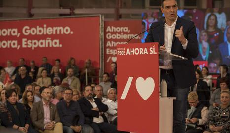El candidat socialista, Pedro Sánchez, ahir en un míting a Castelló.