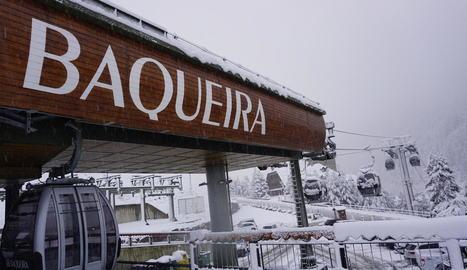 L'estació de Baqueira ja suma trenta centímetres.