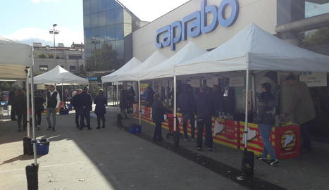 La tercera edició de la fira de Caprabo es va celebrar ahir.