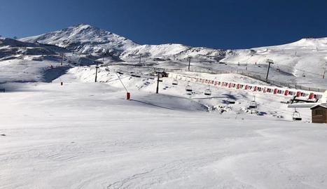 Imatge de les pistes de l'estació de Boí Taüll cobertes de neu el cap de setmana passat.