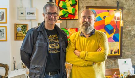 El pintor José Luis Nieto i Ricart Rovira, de la cerveseria Carrincló de Lleida.