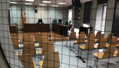 Imatge de l'interior d'un jutjat del Canyeret.