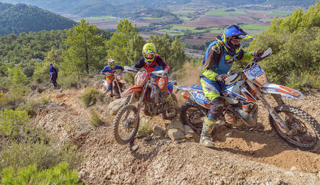 El terreny va ser el principal rival dels participants en la vuitena edició de l'Oliana Off Road.