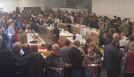 La Fira de l'Oli Verd de Maials va vendre més de tretze mil litres d'oli i la Mostra de les Borges (a dalt a la dreta), 2.500. Almenar (a baix) va clausurar Fira Tast.
