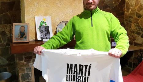 Albert Martí, ahir al seu domicili de Térmens, al sortir en llibertat.