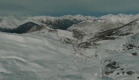Imatge de neu aquesta setmana sobre les pistes de Boí Taüll.