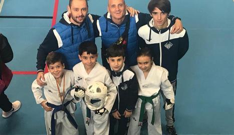 A la imatge, equip de competició del club lleidatà.