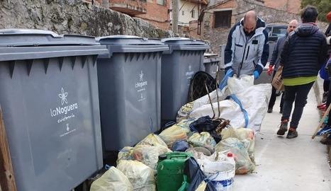 Alguns dels residus recollits dissabte passat.