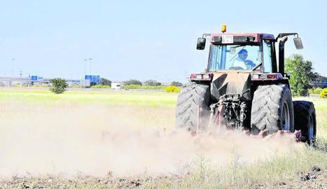 Els concessionaris demanen suports tant per a tractors nous com utilitzats.