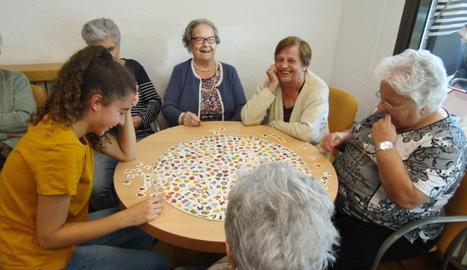 Els jocs de taula són una de les activitats més esperades pels residents.