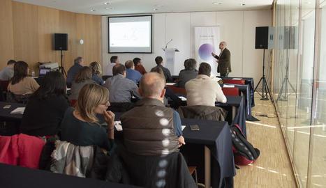 Carlos Franco, explicant les línies de suport de CDTI.