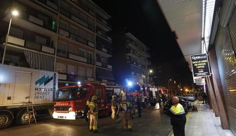 L'incendi es va produir dimarts a la tarda a Cronista Muntaner.