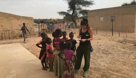 La fundació aixeca un magatzem agrícola al Senegal.