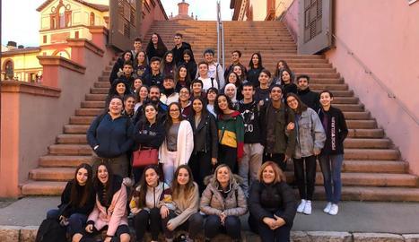 Imatge de grup dels estudiants de Batxillerat de l'EASD Ondara de Tàrrega.